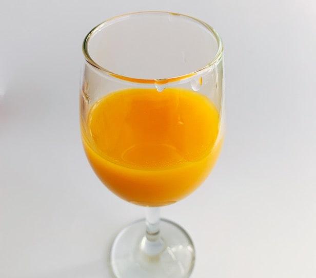 千疋屋のマンゴージュースを飲んだ【飲み方4】