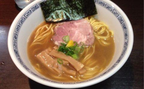 渋谷で一番人気の完成度の高いラーメン「はやし」。昼のみ営業