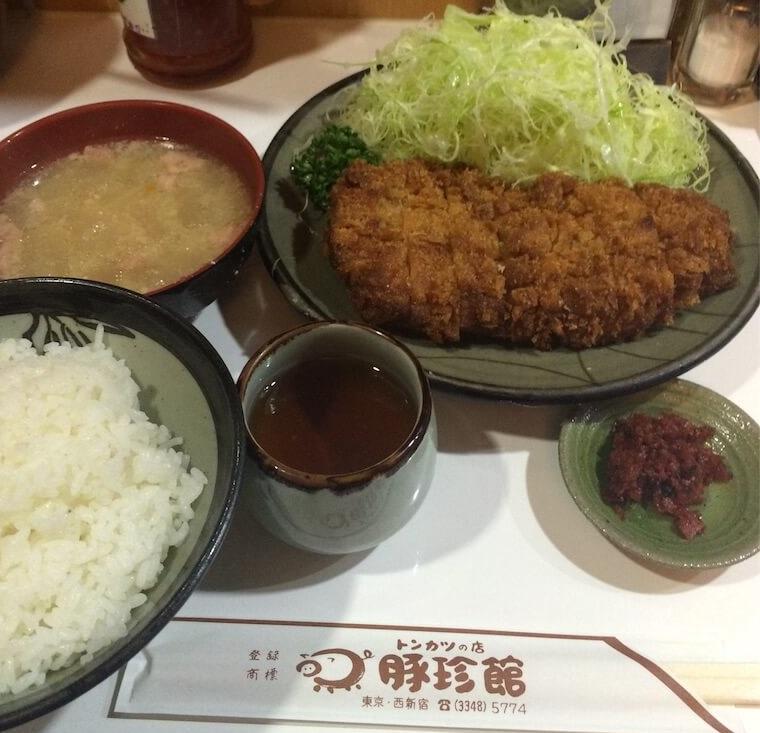 新宿とんかつランチ豚珍館(とんちんかん)